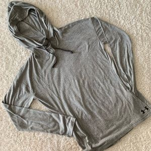NWOT Under Armour Gray T-shirt hoodie